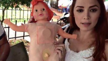 paraguay: decomisaron cientos de munecas trans por tener pene