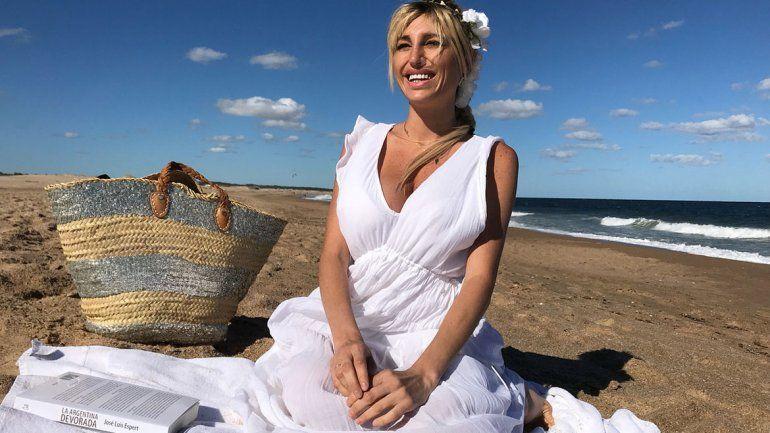 Xipolitakis agradeció el apoyo de sus seguidores y se refugió en las playas de Punta del Este para recuperarse.