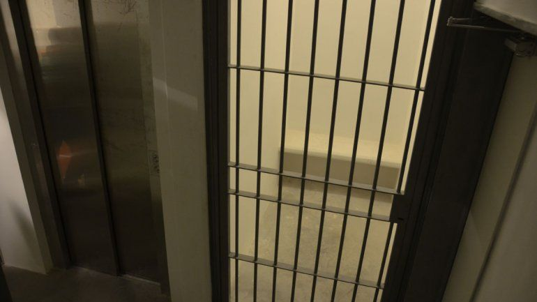 Un detenido chileno se fugó limando los barrotes de la celda