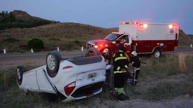 Perdió el control del auto y volcó en la zona de la Rinconada en la Ruta 40