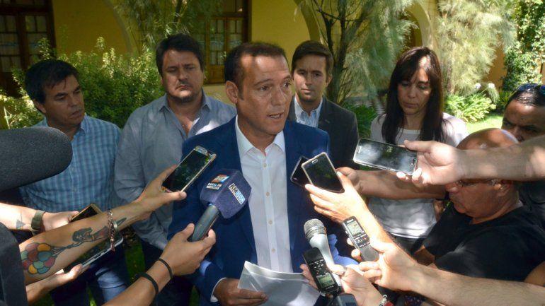 Gutiérrez anunció que no habrá aumentos salariales en la planta política durante 2018