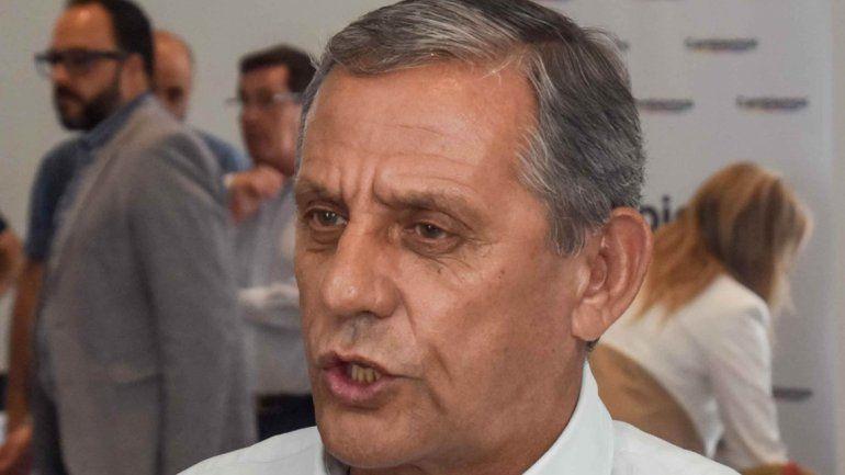 Quiroga dice que el gobernador tiene lío dentro de su partido