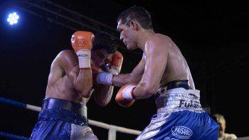 bronca en el parque central: por un fallo polemico el rayo godoy se quedo sin el titulo sudamericano