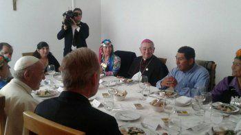 que almorzo francisco con los mapuches en temuco