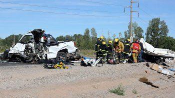 La terrible escena de la colisión entre una Chevrolet Silverado y un camión Kia.
