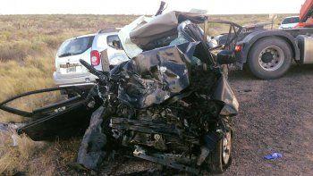 tragedia: choque frontal deja tres muertos y dos heridos