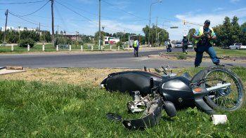El accidente ocurrió en la segunda rotonda de Ruta 7 de Centenario.