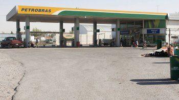 La estación de servicio Petrobras ubicada en Ruta 7, en Centenario, será la primera de Neuquén en tener cajero.