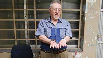 El atacante es jubilado y cuando lo detuvieron tenía un arsenal de guerra en su casa.