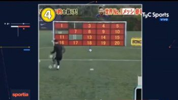 los japoneses desafiaron a messi a convertir 20 penales en un minuto