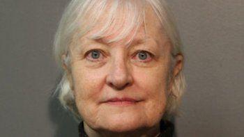 La mujer de 66 años engañó a todos en un aeropuerto de EE.UU.