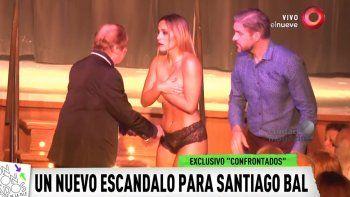 Escándalo: Bal desnudó a una vedette en el escenario
