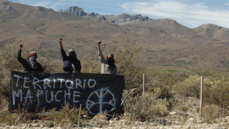 En Chile, los ataques atribuidos a la RAM se dan en campos. En Neuquén hubo incidentes con la industria petrolera.
