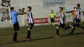 El Albinegro no pudo sostener la ventaja lograda en La Visera, pero celebró en los penales y se dio un gusto doble. Ahora, a enfrentar otro duelo regional contra Independiente.