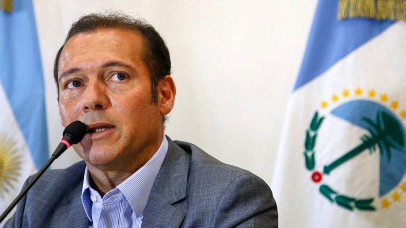 El gobernador Omar Gutiérrez dio detalles de la entrada en funcionamiento de una planta reacondicionada en Fortín de Piedra