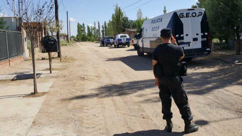 La Policía desplegó un notorio operativo en barrio Norte.