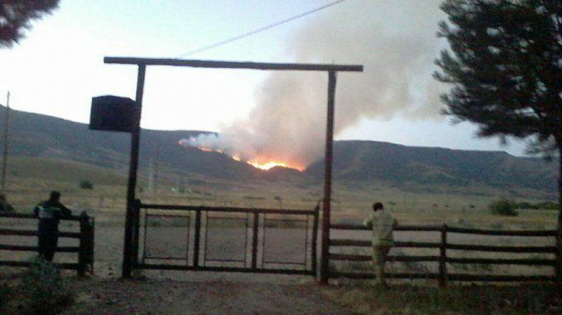 No hay poblaciones afectadas por el incendio en Quilca