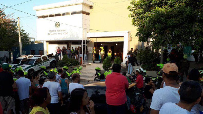 Narcos pusieron una bomba en cuartel de la policía colombiana
