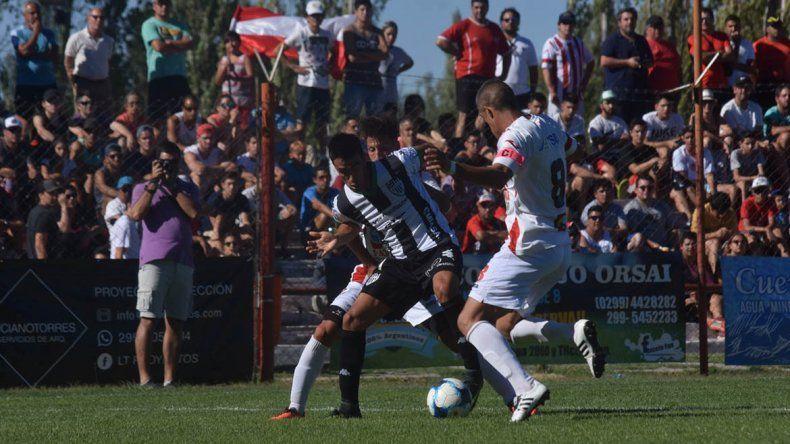 Así fue la goleada albinegra a Independiente en La Chacra