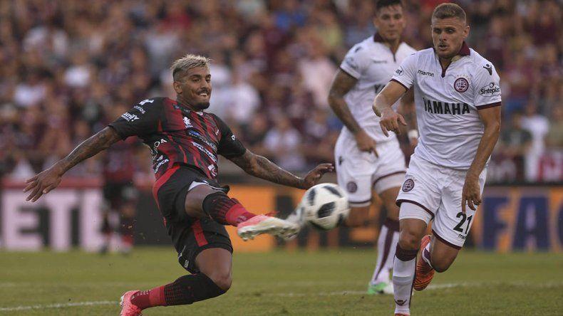 Patronato empató con Lanús y Vélez le ganó a Defensa