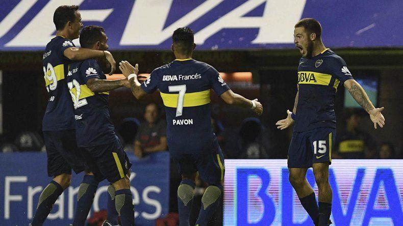 Boca sigue como líder firme: le ganó 2 a 0 a Colón en la Bombonera