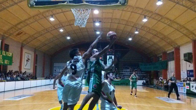 El Federal de básquet arrancó con tres victorias regionales.