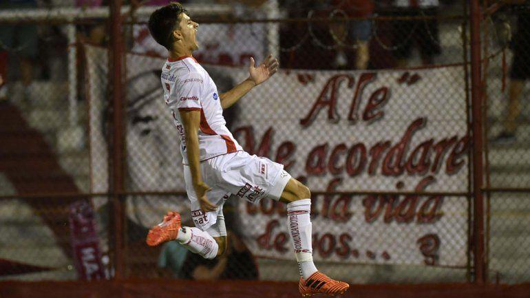 Pussetto de penal marcó el único gol del partido en el Tomás Ducó.