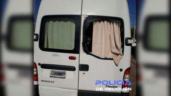 Los agarraron in fraganti cuando intentaban robar una camioneta