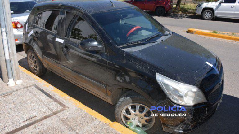 Tras el operativo, también se secuestraron tres autos.