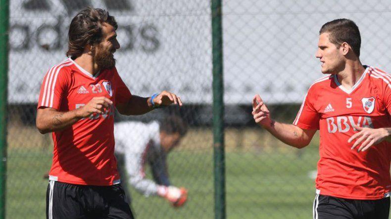 Zuculini estuvo muy activo en su primera práctica con el plantel millonario. Está listo para debutar contra Olimpo.
