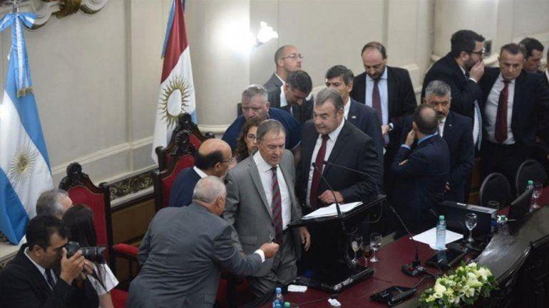 Schiaretti se descompensó en la apertura de sesiones de la Legislatura de Córdoba
