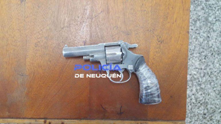Las Lajas: terminó detenido por andar a los tiros en el centro