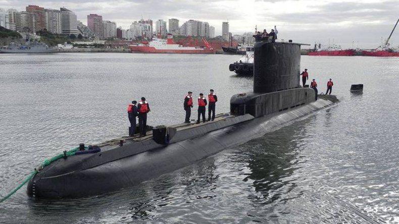 El submarino está amarrado en la Base Naval de Mar del Plata.