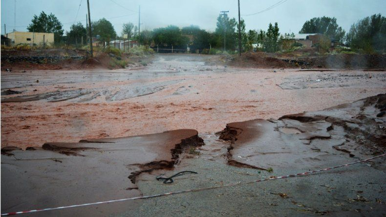 Una fuerte tormenta azotó a Rincón de los Sauces