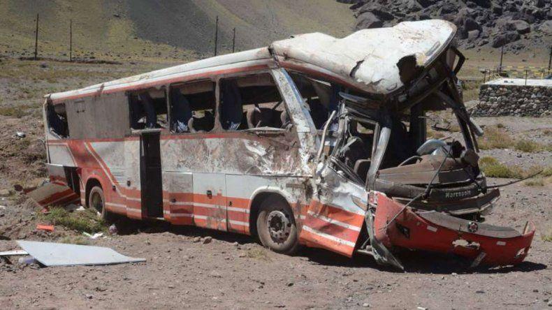 Los chicos murieron al volcar el micro cuando viajaban a Paraguay.