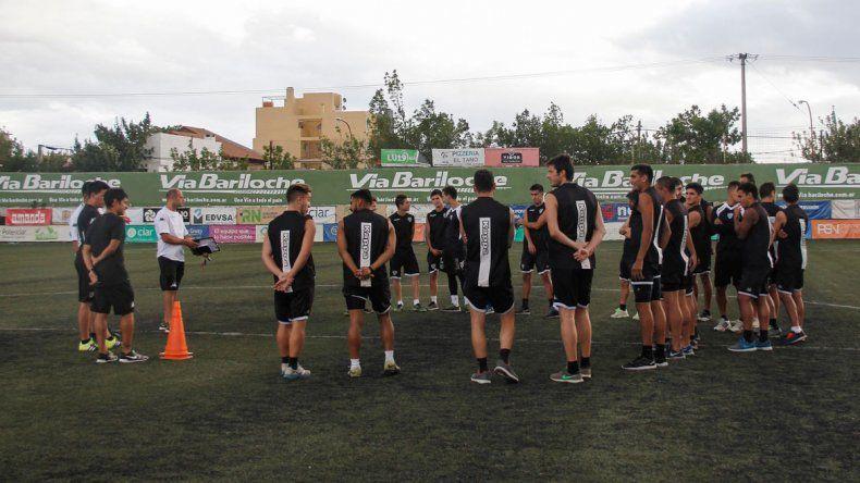 Independiente tendrá una parada brava en Madryn. Cipo va por todo a La Visera.