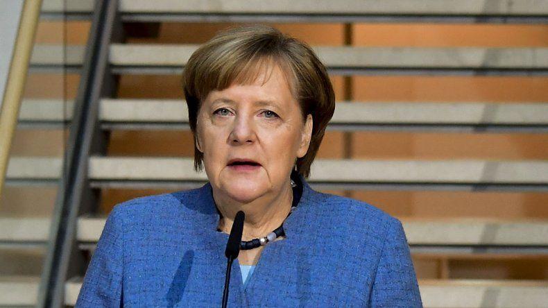 Merkel y el Partido Socialdemócrata continúan con las charlas.