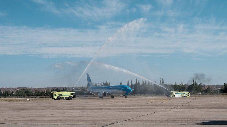 Bautizaron en Neuquén el nuevo avión de Aerolíneas