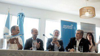 Pechi Quiroga, Guillermo Dietrich, Omar Gutiérrez y Mario DellAcqua (presidente de Aerolíneas Argentina).