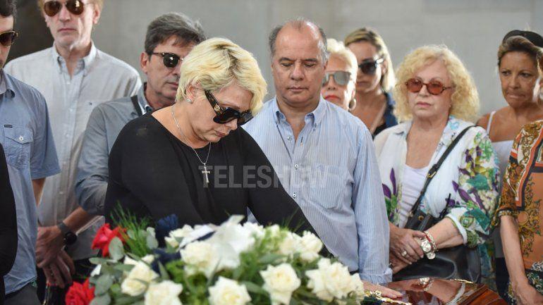 El dolor de Carmen en la despedida de su madre y la visita de Fede a su abuela en el hospital junto a Laurita.