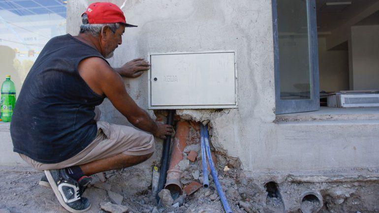 En la actualidad, sólo el cinco por ciento de los usuarios de la ciudad de Neuquén tiene un medidor de agua.