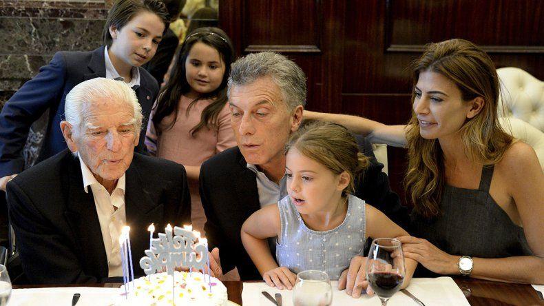 Volver 20 años para atrás y empezar de vuelta, el deseo de Macri en su cumpleaños