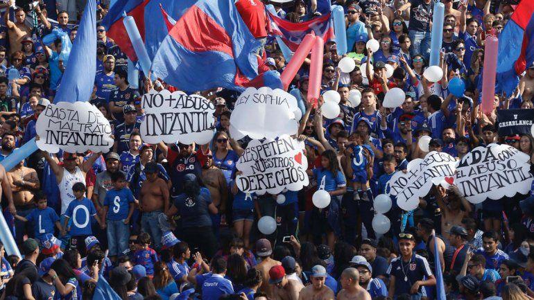 Hubo manifestaciones en varios puntos del país para exigir que se endurezcan las penas para los culpables de violencia contra menores de edad.