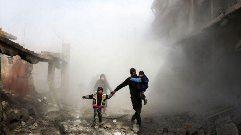 Los bombardeos de la coalición causaron centenares de víctimas.