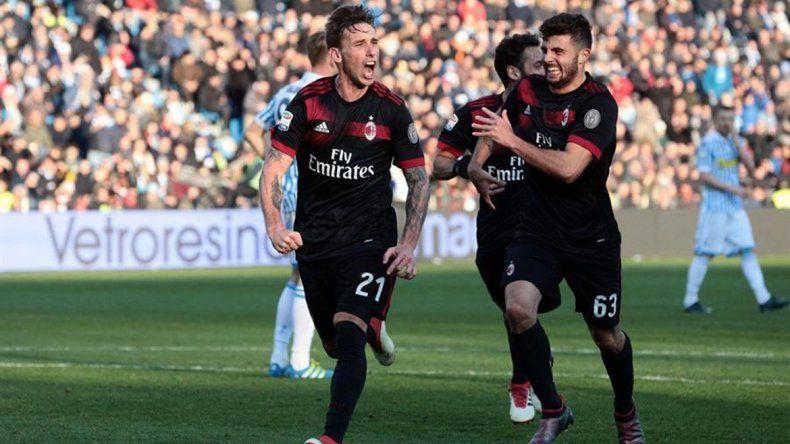 Biglia anotó su primer gol con el Milán, que le ganó a Spal