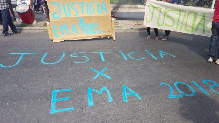 Gobernador riojano comparó la muerte del cadete de la policía con el caso del neuquino Carrasco