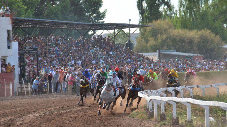 Un amplio programa de carreras conforma el programa de hoy en el hipódromo Ciudad de Neuquén.