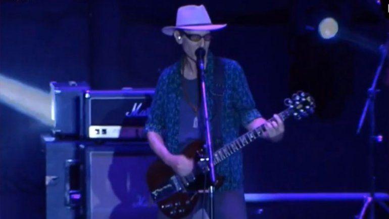 Skay volvió a ser local en la primera noche del Cosquín Rock