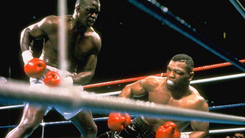 La noche que noquearon al invencible Tyson