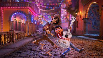Además de arrasar en la taquilla, Coco es la animación favorita en los Oscar, donde se mide con Loving Vincent, Ferdinand y otras.